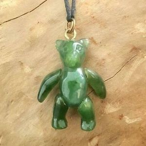 Movable Jade Dancing Teddy Bear Pendant